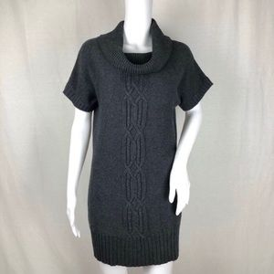 Athleta Gray Short Sleeve Sweater Dress Size M